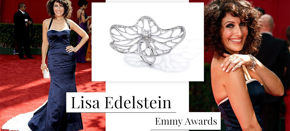 Lisa Edelstein wearing Fei Liu award-wnning bespoke Allure ring for The Emmys